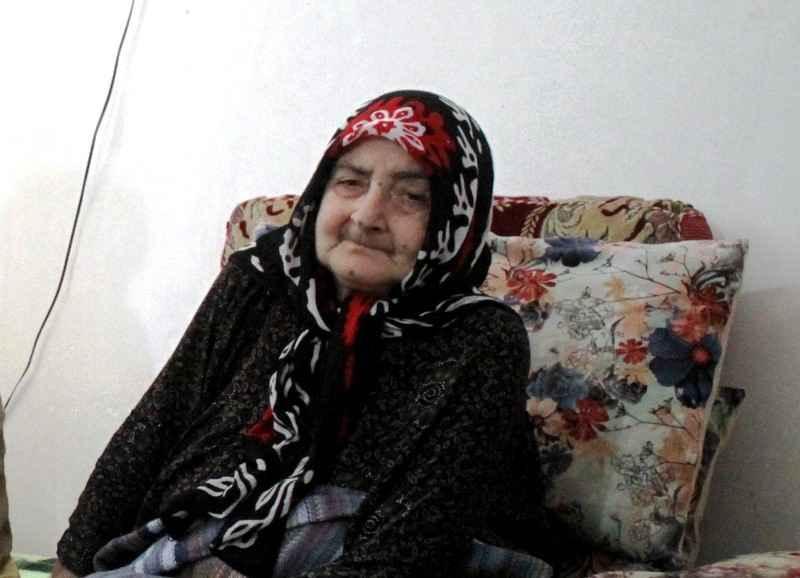 مادر شهیدان عباس و صادق امیدی به دیدار حق شتافت