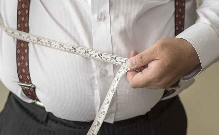 58 درصد زنان و 40 درصد مردان ایلام اضافه وزن دارند