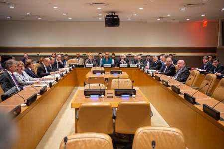 نشست وزرای خارجه ایران و 1+4 انزوای آمریکا را به تصویر کشید