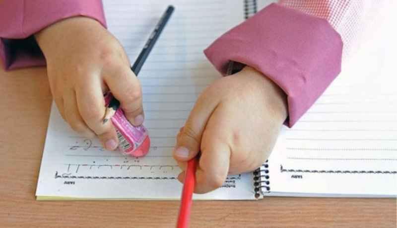 معلمان ابتدایی ایلام از دانش آموزان اول تا سوم تکلیف شب نخواهند