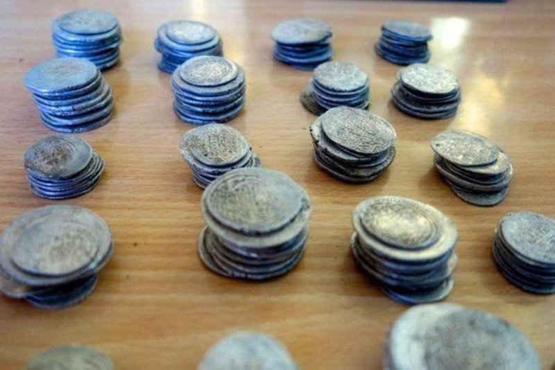 اشیا تاریخی یک هزار و 200 ساله در سیروان کشف شد