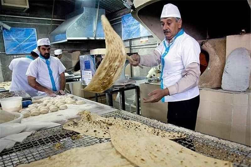 80 نانوایی پخت نان زائران اربعین ایلام را برعهده دارند