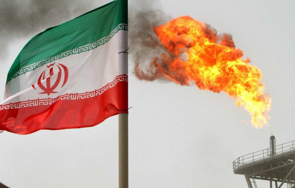 اقتصاد ایران از تحریم های آمریکا عبور می کند