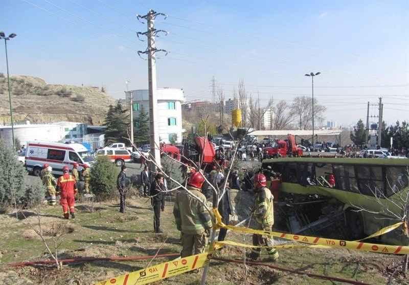 ورود مجلس به حادثه واژگونی اتوبوس دانشجویان در داخل دانشگاه آزاد